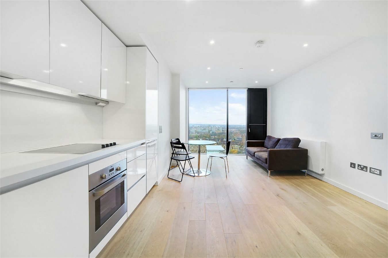 London - 1 Bed Flat, The Strata, SE1 - To Rent Now for £1,646.67 p/m
