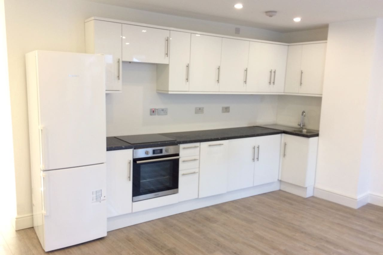 London - 2 Bed Flat, Farquhar Road, SE19 - To Rent Now for £1,450.00 p/m