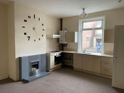 2 Bed Terraced House, Tanner Street, WF15