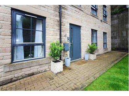 2 Bed Flat, Kinderlee Way, SK13