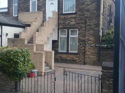 1 Bed Flat, Pudsey, LS28