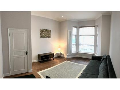 1 Bed Flat, Beaumont Crescent, W14