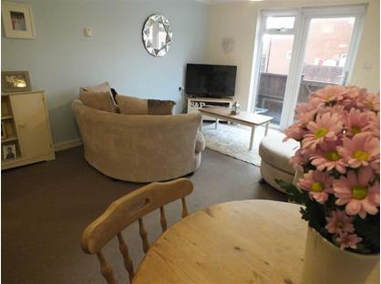 2 Bed Terraced House, Edward Street, BA13