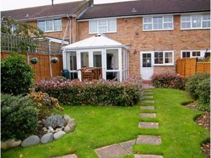3 Bed Terraced House, Howlands, AL7