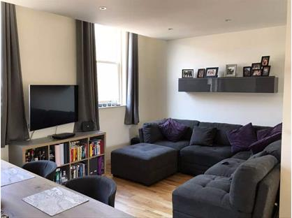 2 Bed Flat, Old York Road, SW18