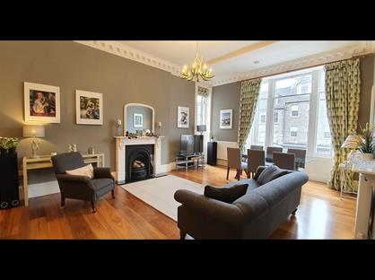 3 Bed Flat, Hanover Street, EH2