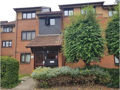 2 Bed Flat, Pavilion Way, HA8