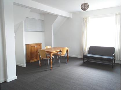 1 Bed Flat, Chesil Street, SO23