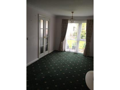 1 Bed Flat, Long Street, YO7