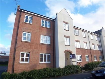 2 Bed Flat, Dukesfield, NE27