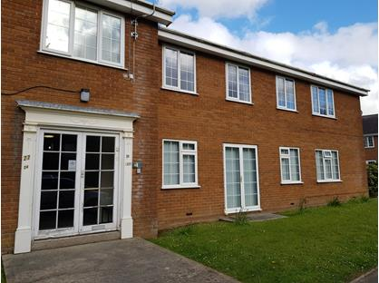 2 Bed Flat, Glantraeth, LL57