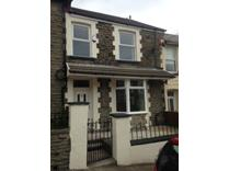 3 Bed Terraced House, Clyngwyn Road, CF42