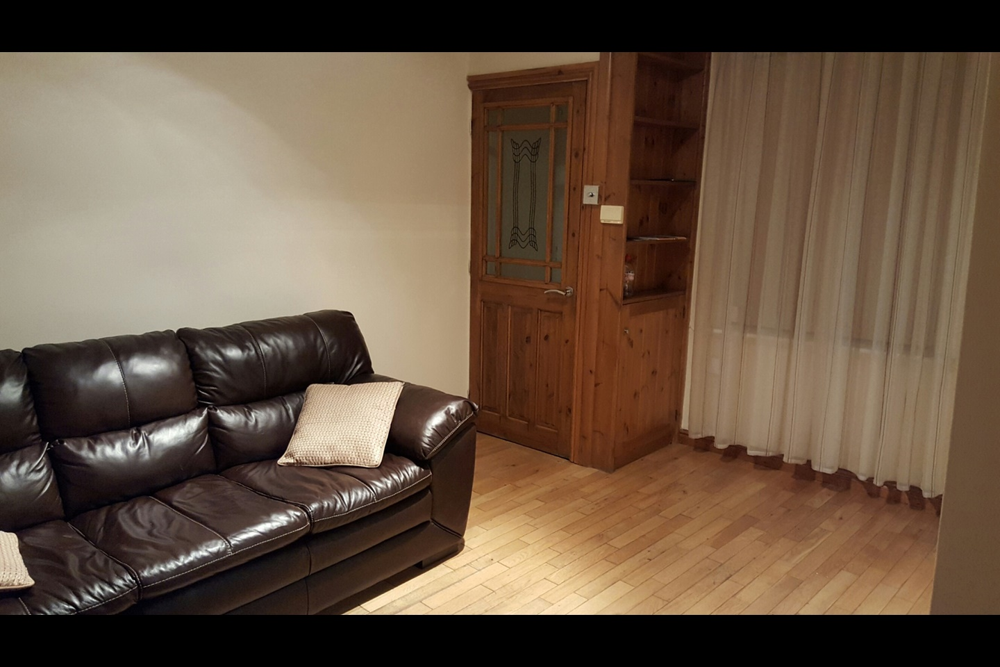 Oldham 2 bed terraced house huddersfield road ol4 to for Beds huddersfield