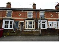3 Bed Terraced House, Kings Road, RG4
