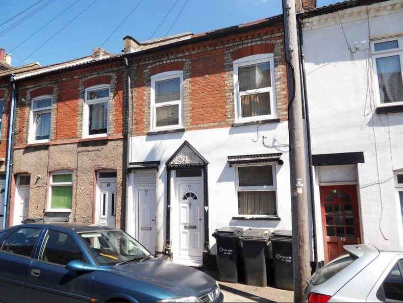 Luton - 2 Bed Flat, Stanley Street, LU1 - To Rent Now for ...