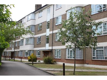 2 Bed Flat, Edge Hill, SW19