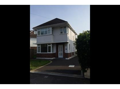 3 Bed Detached House, Jumpers Road, BH23