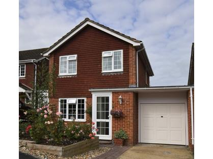3 Bed Detached House, Nursery Way, TN21