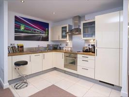 1 Bed Flat, Royal Victoria Dlr, E16