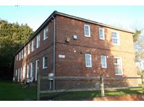 2 Bed Flat, Charlton, SP10