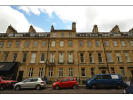 1 Bed Flat, Alfred St, BA1