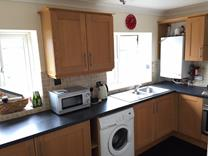 2 Bed Flat, Wolsey Road, TW16