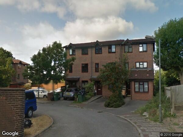 Bromley - 3 Bed Terraced House, Ravensleigh Gardens, BR1 ... on