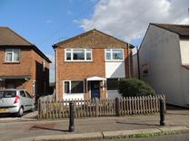 2 Bed Maisonette, Alfred Road, IG9