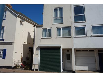 2 Bed Maisonette, Somerset Place, TQ14