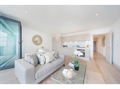 2 Bed Flat, York Road, SW11