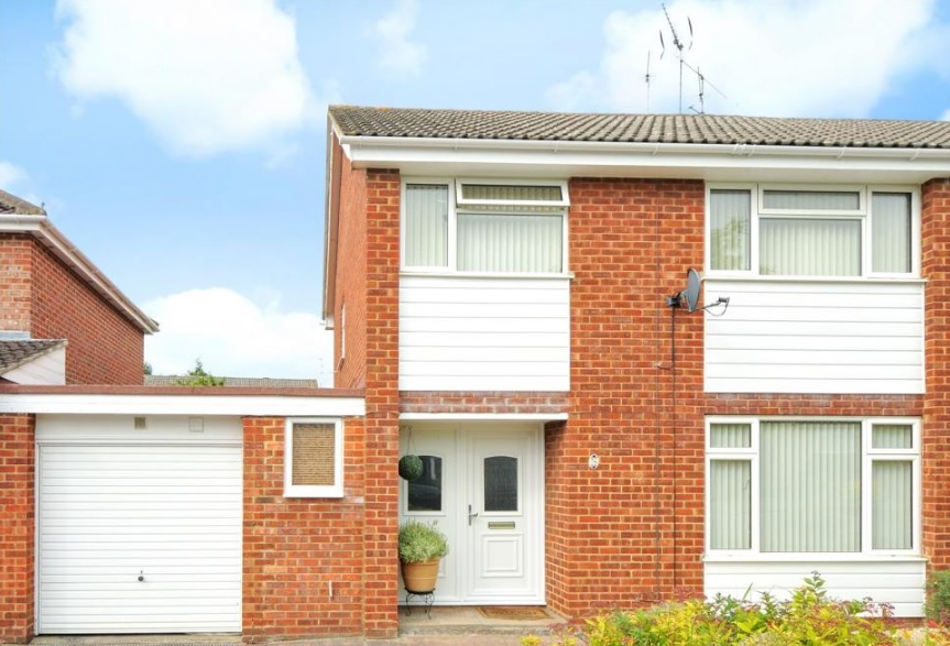 Bed House To Rent Wokingham
