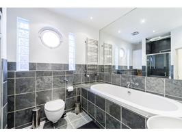 Large Bathroom, Wc And Wet Room Walk In Shower