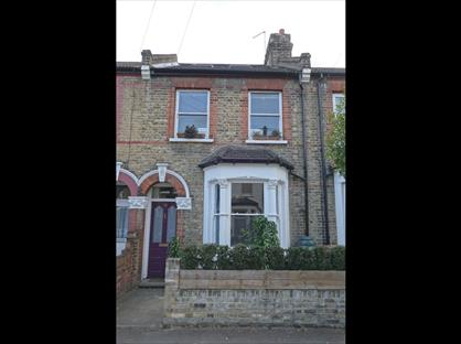 3 Bed Terraced House, Ickworth Park Road, E17
