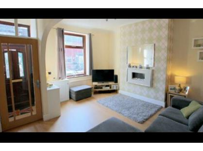 2 Bed Terraced House, Houghton Street, OL2