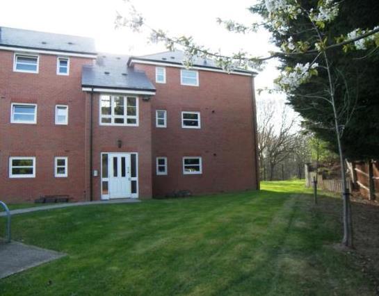 birmingham 2 bed flat birmingham b27 to rent now for p