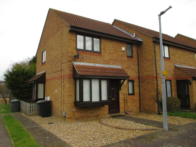 Flitwick 1 bed terraced house badger 39 s close mk45 to for Terrace house 1