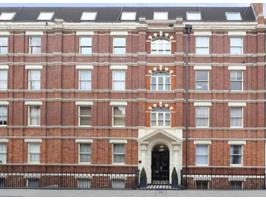 2 Bed Flat, Cleveland Street, W1T