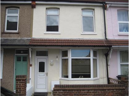 3 Bed Terraced House, Gladstone Road, CT14