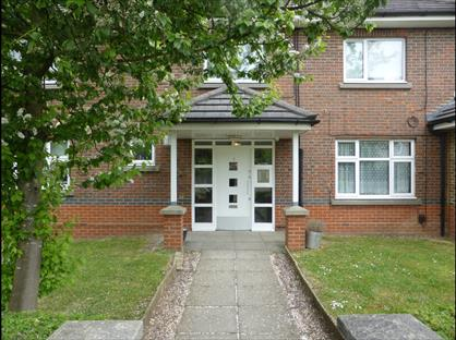 Studio Flat, Wellfield Road, AL10