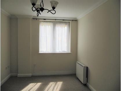 1 Bed Flat, Cornwall House, PL25