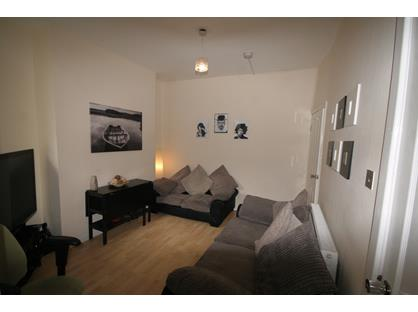 Room in a Shared House, Leopold Road, L7