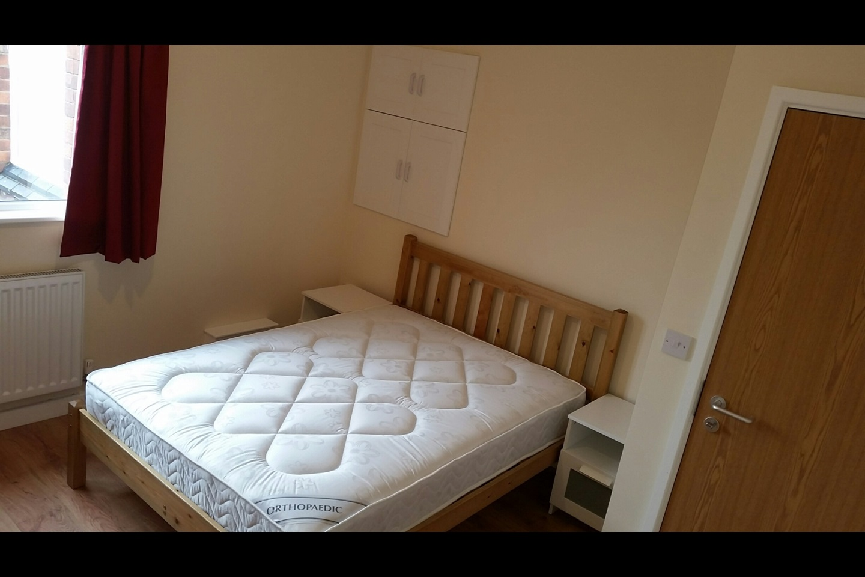 Room To Rent In Burton On Trent De