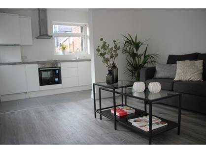 2 Bed Flat, Barking Road, E13