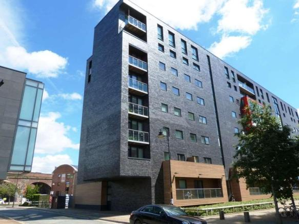 Manchester 2 Bed Flat Potato Wharf M3 To Rent Now For