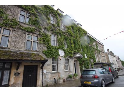 2 Bed Flat, Crew House, GL8
