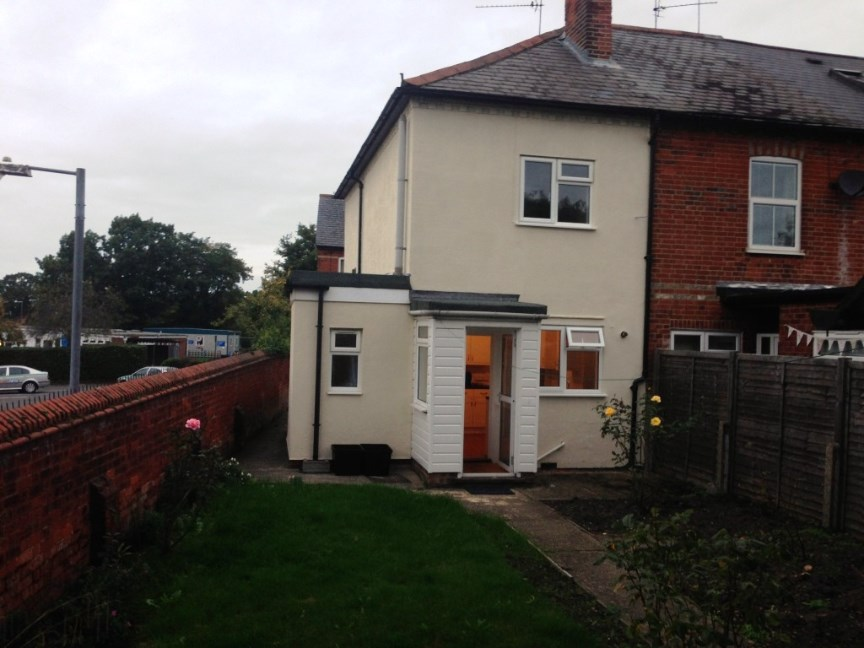 Bed House To Rent In Wokingham