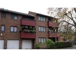 1 Bed Flat, Osprey Court, RG1