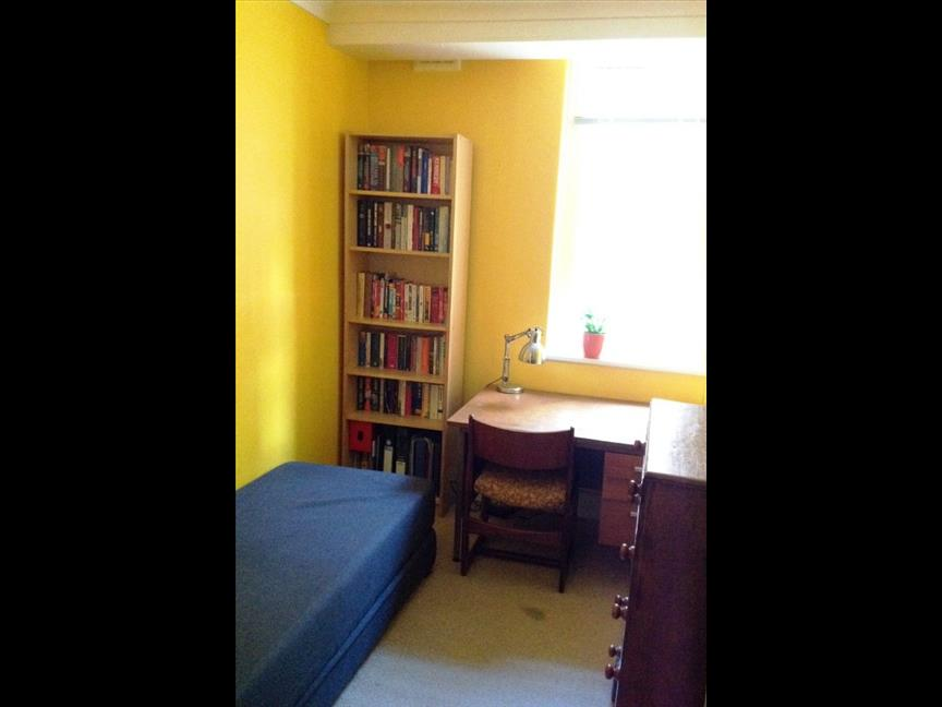 london 2 bed flat peabody estate se5 to rent now for 1