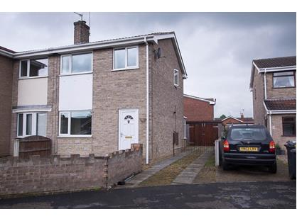 3 Bed Semi-Detached House, Measham Drive, DN7