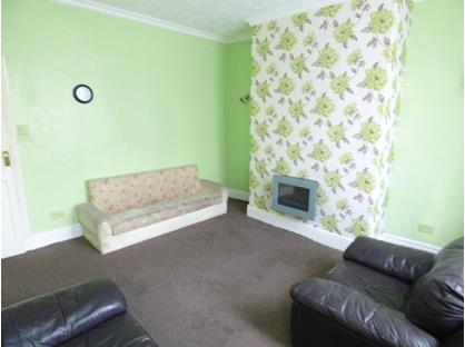 2 Bed Terraced House, Whitehall Street, BB9